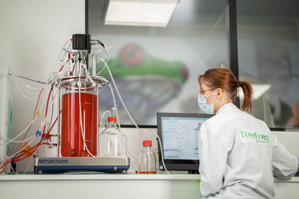 Bond en avant dans la fabrication de thérapies cellulaires production hautement reproductible de 15 milliards de cellules souches dans des bioréacteurs de 10 litres, avec une croissance exponentielle et une qualité préservée